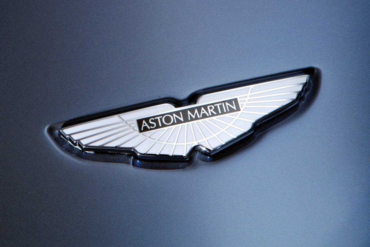 Aston Martin Symbol Wallpaper