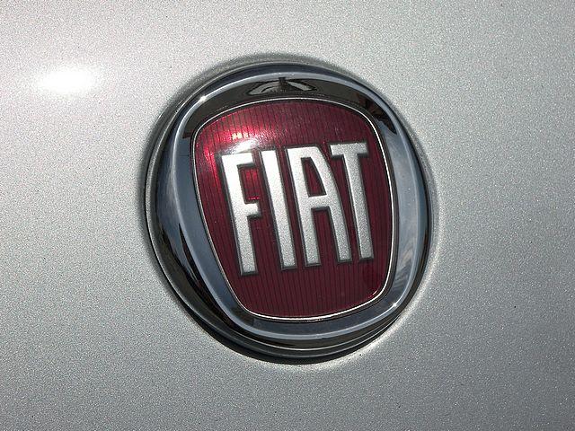 Fiat Symbol Wallpaper