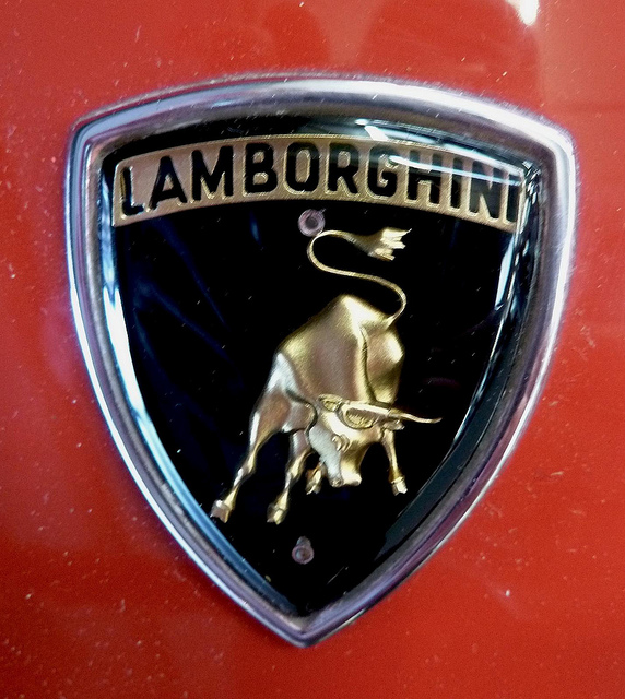 Lamborghini badge Wallpaper