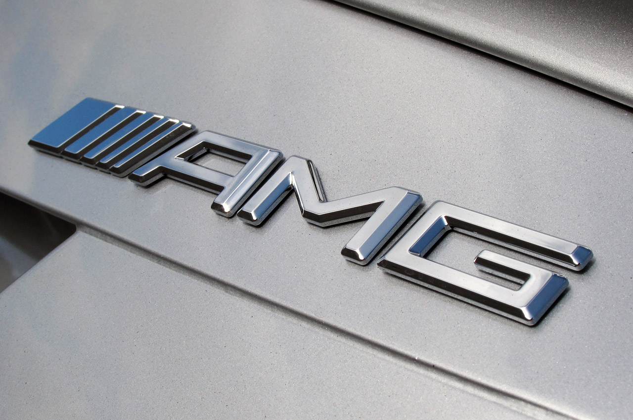 AMG Mercedes-Benz Emblem Wallpaper