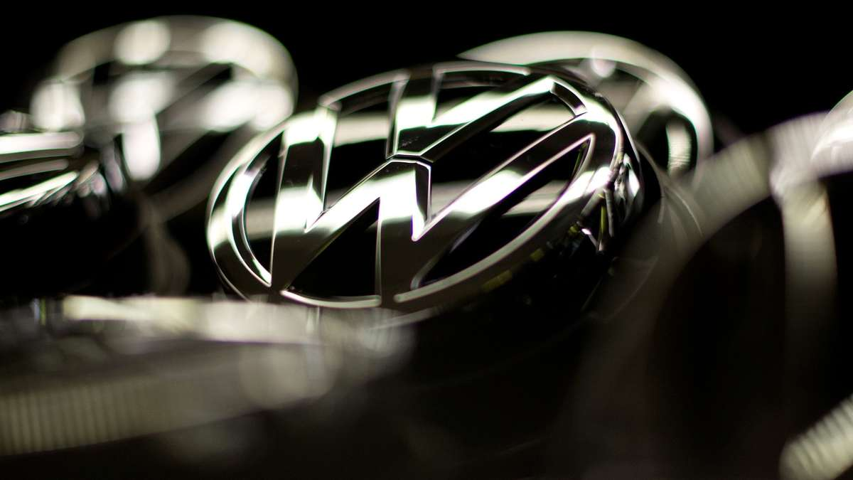 Volkswagen Emblem Wallpaper