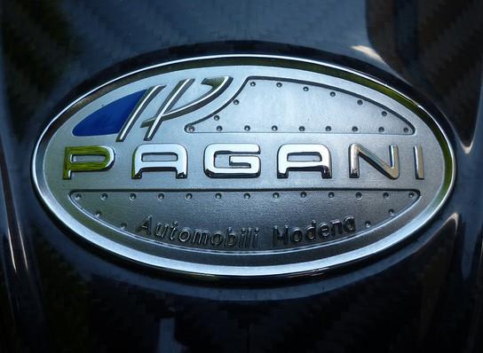 Pagani badge Wallpaper
