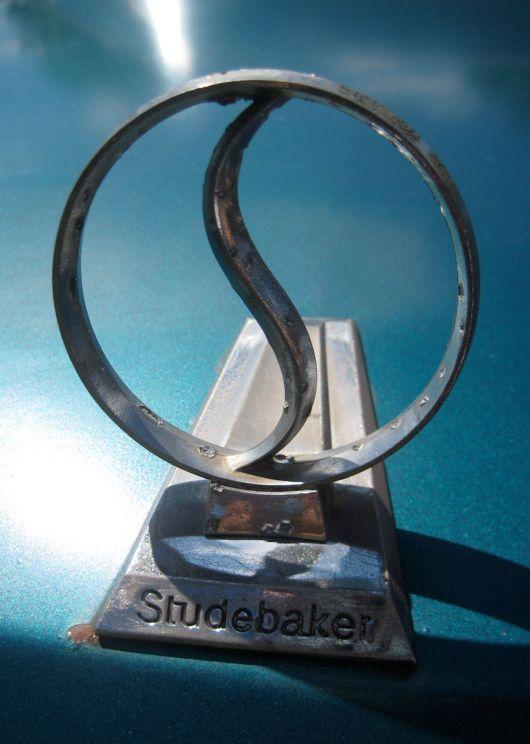 Studebaker Symbol Wallpaper