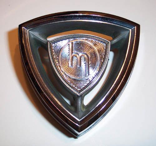 Mazda old emblem Wallpaper